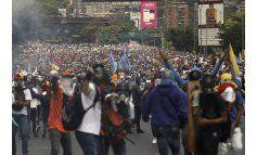 Opositores venezolanos se niegan a aceptar represión