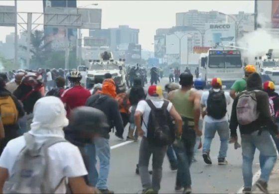 Venezolanos indignados ante los nuevos asesinatos de opositores en manos de la policía y la Guardia Nacional