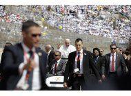 el cairo estrecha la seguridad para la misa del papa