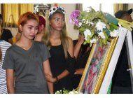 tailandia:lloran a nina tras asesinato publicado en facebook