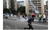 Otro día de fuertes protestas en Venezuela que dejó un nuevo saldo de muertos
