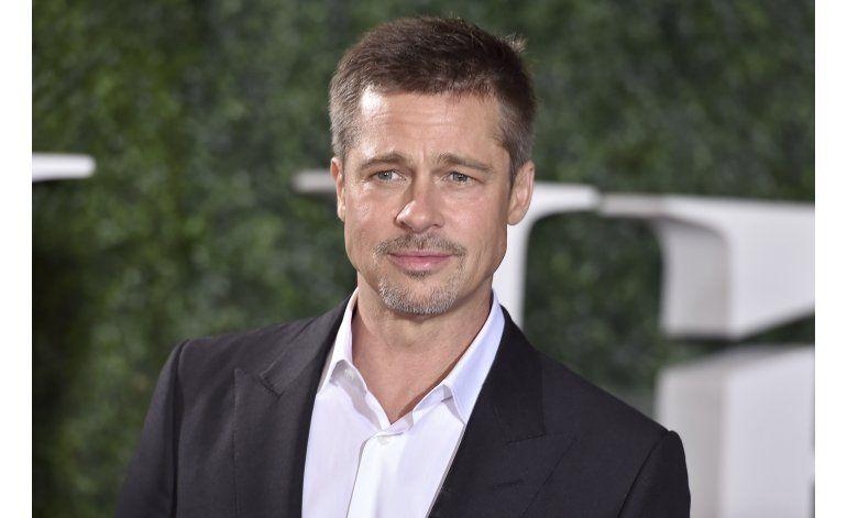 """Entrevista AP: Brad Pitt habla de su familia y """"War Machine"""""""