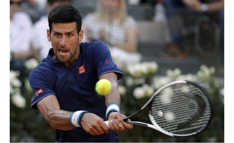 Djokovic y Cuevas a segunda ronda en Roma
