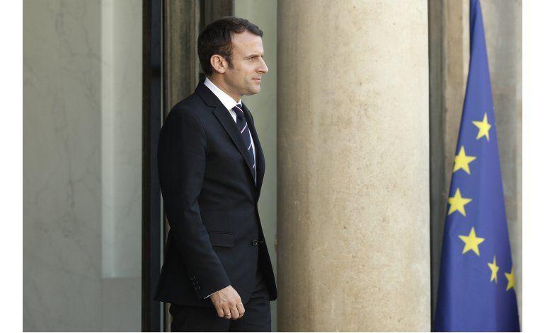 Francia: Macron anuncia a integrantes de su gabinete