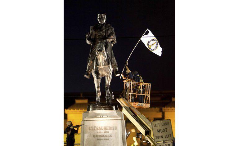 Nueva Orleans retira tercer monumento esclavista