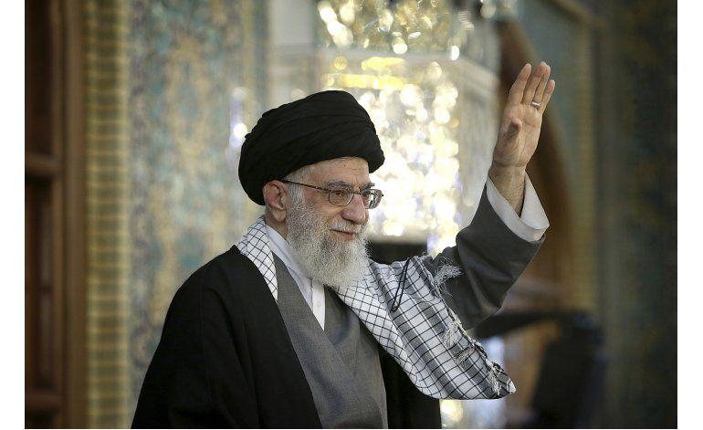 Irán: Ayatolá Jamenei exhorta a votantes a salir a las urnas