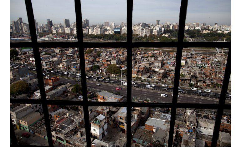 Plan busca integrar villa miseria más simbólica de Argentina