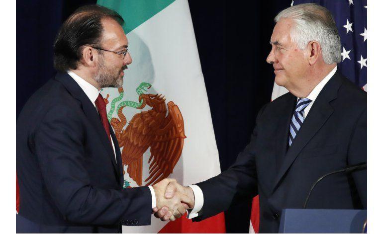Tillerson: EEUU debe reconocer su adicción a las drogas