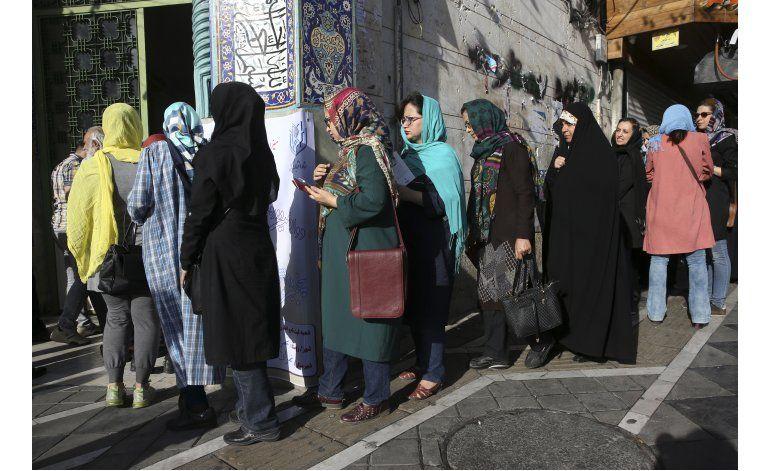 Elecciones presidenciales en Irán registran alta afluencia