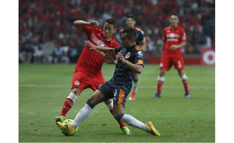 Toluca rescata apenas empate en casa ante Chivas