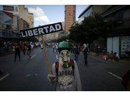 venezuela: oposicion demanda abrir un canal humanitario