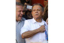 desfile puertorriqueno en ny firme en apoyo a lopez rivera