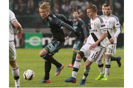 ajax busca revivir su gloria en final de la liga europa