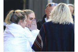manchester: policia busca complices de atacante