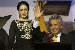 presidente moreno toma posesion en ceremonia indigena