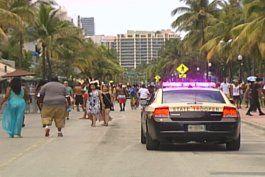 comenzaron las celebraciones por el fin de semana de recordacion en miami beach
