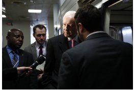 senadores republicanos ven dificil desmantelar el obamacare