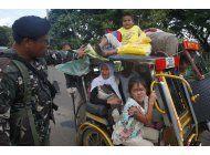 filipinas: presunto extremista sigue en ciudad sitiada