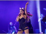 ariana grande planea un concierto benefico en manchester