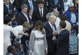 tras su gira, trump regresara a los problemas de washington