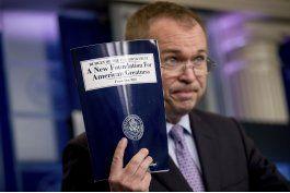 temen que plan presupuestario de trump perjudique a hispanos
