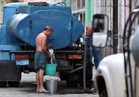 Unas 852 000 personas sin agua en La Habana por grave avería en un conducto