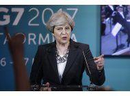 atentado en manchester cambia tono de la campana politica