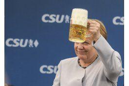 merkel llama a europa unida ante la incertidumbre de aliados