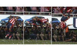 chivas vence a tigres y se corona campeon despues de 11 anos