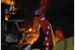 venezuela: henrique capriles afectado por gas en protesta