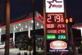 precio de la gasolina en miami continua bajando