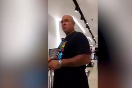 video: captado en camara, hijo de fidel castro comprando en lujosa tienda de la habana