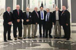 director de la cia, mike pompeo, se reunio con miembros de la brigada 2506 y senador rubio
