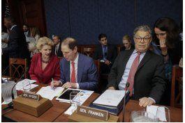 senadores republicanos preparan propuesta anti obamacare