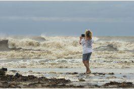 la tormenta cindy llega a luisiana; preven que pierda fuerza