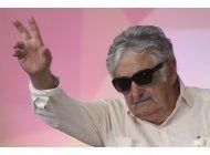 uruguay: piden reabrir investigacion que involucra a mujica