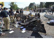 ataques en tres ciudades de pakistan causan 40 muertos