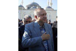 erdogan rechaza exigencias arabes sobre catar