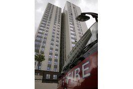 aumentan edificios en gran bretana propensos a incendios