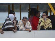 colombia busca causas de un naufragio que deja siete muertos