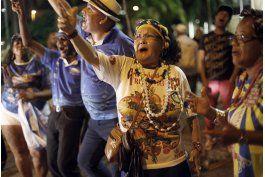 escuelas de samba acusan de ?traicion? a alcalde de rio