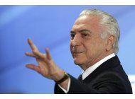 acusacion de corrupcion sube presion sobre temer en brasil