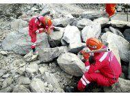 segundo deslave golpea pueblo sepultado en suroeste de china