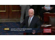 mccain es ovacionado en su retorno al congreso