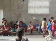 regimen cubano celebra su 26 de julio mientras cubanos viven en la calle tras el derrumbe de sus viviendas