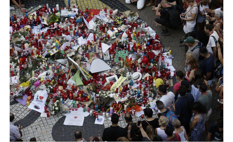 Barsa usará camiseta en homenaje a víctimas de ataque f6204423519
