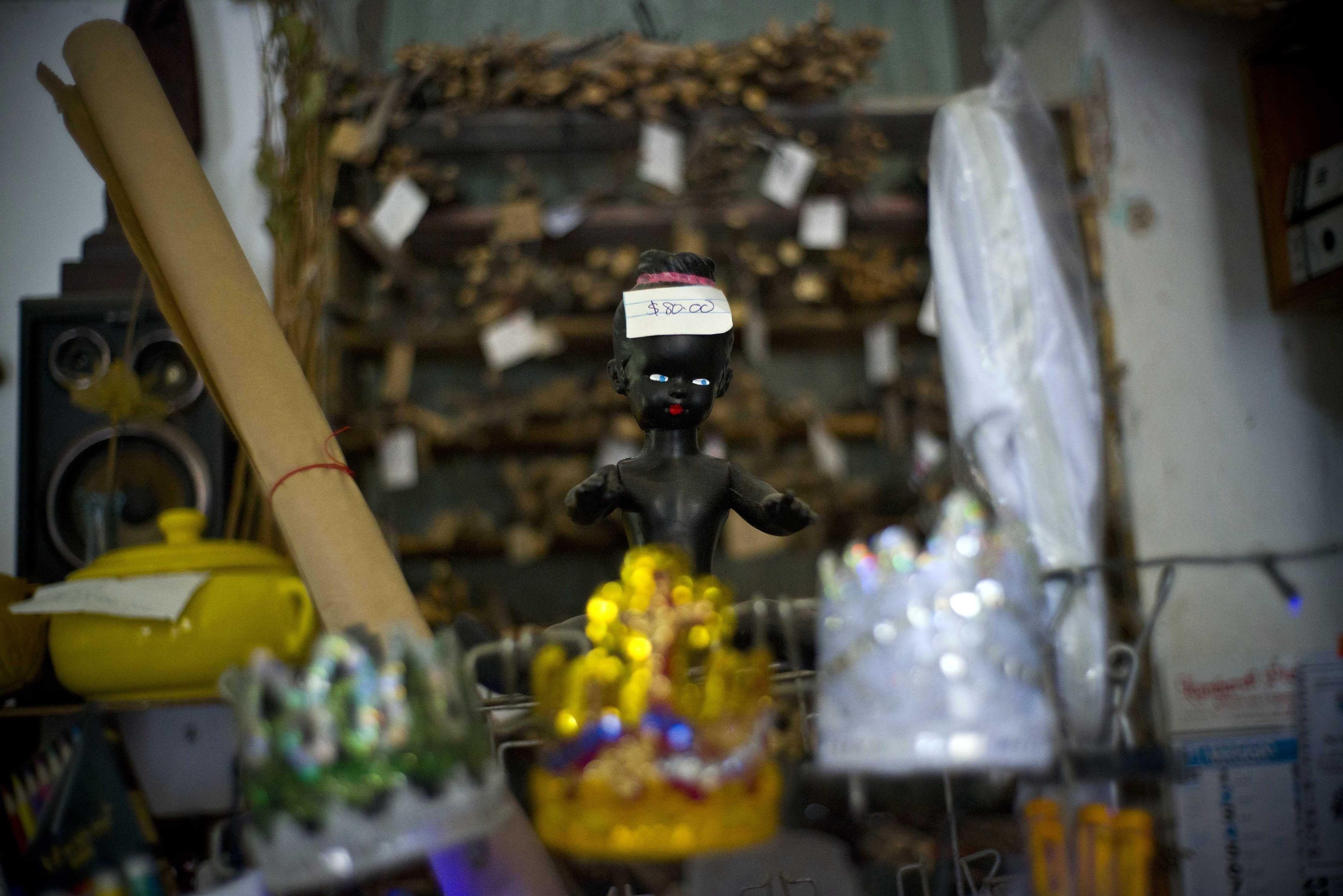 Proliferan las tiendas de artículos religiosos en Cuba