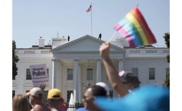 Corte bloquea cambio de política sobre militares transgénero