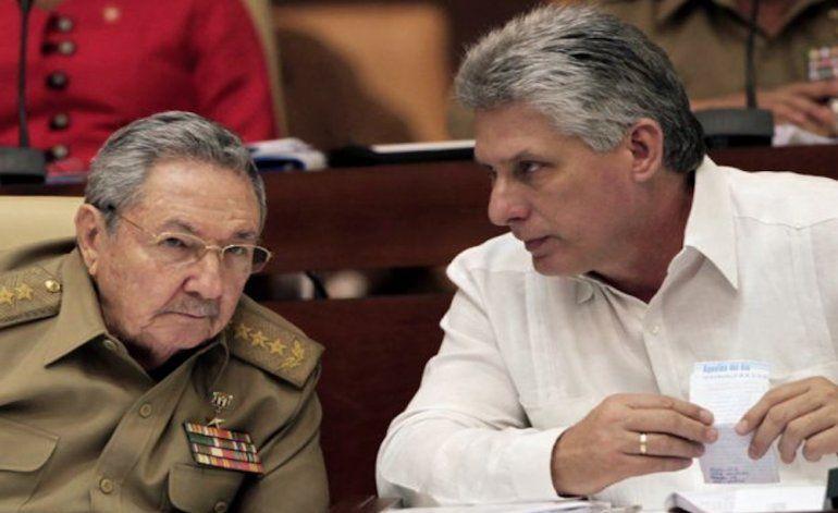 Miguel Díaz-Canelcumple su primer año como jefe de gobierno enCuba conmás carencias, y más represión