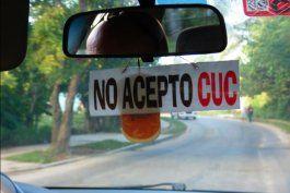 regimen culpa ahora a taxistas privados de devaluar el cuc en cuba